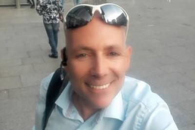 Bin Olli, alter Sack (50) aus Köln und suche deutlich jüngere Sportpartnerin, vielleicht auch Reisebegleiterin. - Bild5