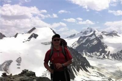 Nette weibliche Begleitung für Radtouren,Camping,Trekking gesucht - Bild1